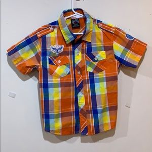 Short sleeve button up plaid kids shirt